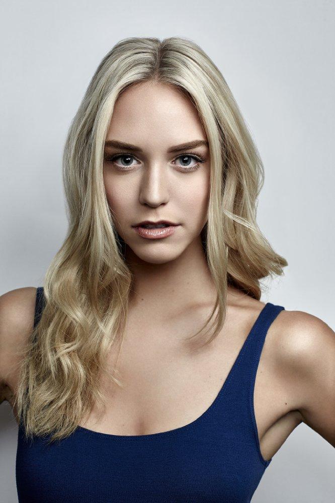 Watch Movie america-s-next-top-model-season-14