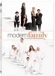 Watch Movie modern-family-season-3
